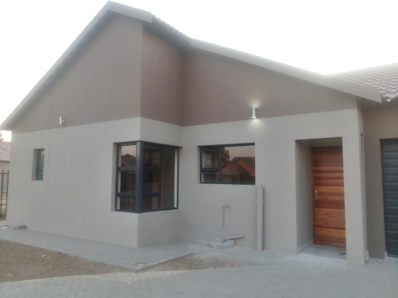 3 Bedroom House For Sale in Bloemspruit