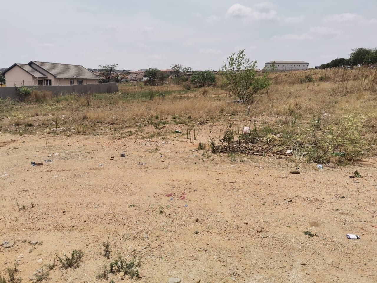 450m² Vacant Land For Sale in Cosmo City
